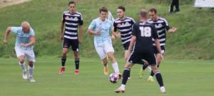 Béčko Dynama porazilo v derby Hradec vysoko 7:0.
