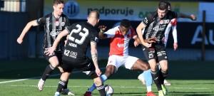 1. liga: SK Dynamo ČB - SK Slavia Praha 2:2